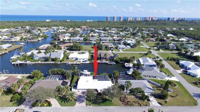 126 Queen Christina Court, Hutchinson Island, FL 34949 (#213582) :: The Reynolds Team/Treasure Coast Sotheby's International Realty