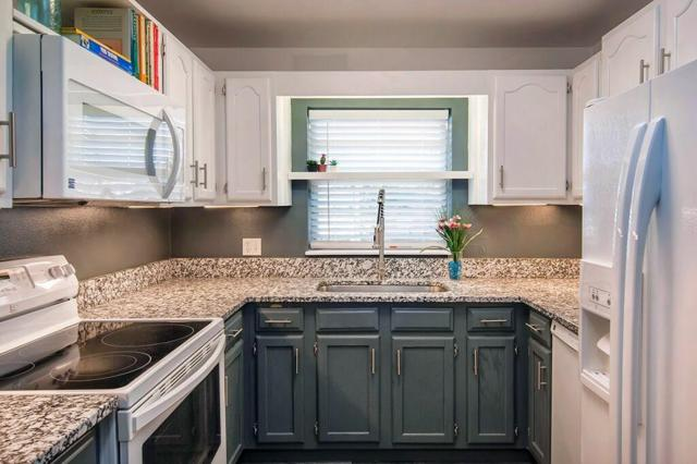 37 Vista Gardens Trail #207, Vero Beach, FL 32962 (MLS #219012) :: Billero & Billero Properties