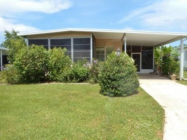 1040 Thrush Circle, Barefoot Bay, FL 32976 (MLS #224265) :: Billero & Billero Properties