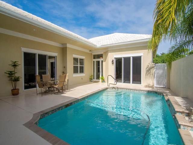 1025 Riverwind Circle, Vero Beach, FL 32967 (#228095) :: The Reynolds Team/ONE Sotheby's International Realty
