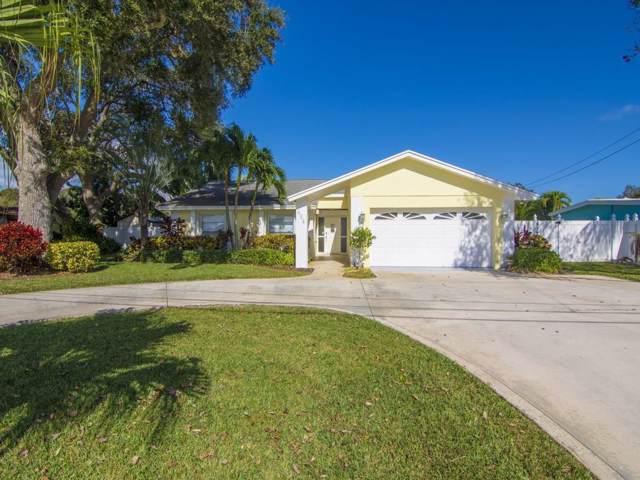 424 21st Place SE, Vero Beach, FL 32962 (MLS #229076) :: Team Provancher | Dale Sorensen Real Estate