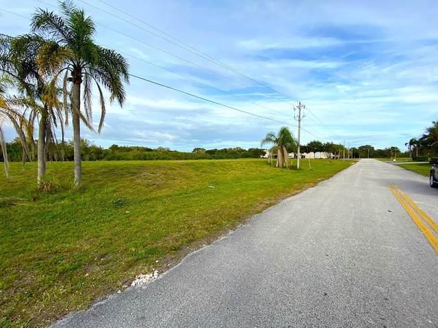 450 3rd Lane SW, Vero Beach, FL 32962 (MLS #229612) :: Team Provancher | Dale Sorensen Real Estate