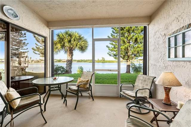 3218 S Lakeview Circle #104, Hutchinson Island, FL 34949 (MLS #231078) :: Billero & Billero Properties
