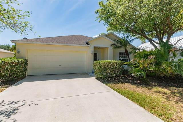 597 Redwood Court, Sebastian, FL 32958 (#231395) :: The Reynolds Team/ONE Sotheby's International Realty