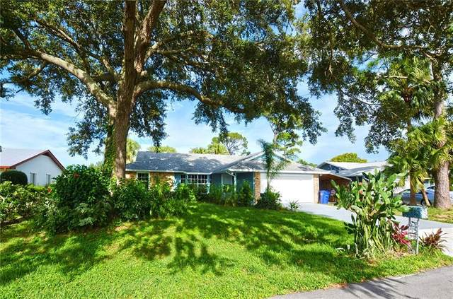 170 9th Court, Vero Beach, FL 32962 (MLS #231699) :: Team Provancher | Dale Sorensen Real Estate