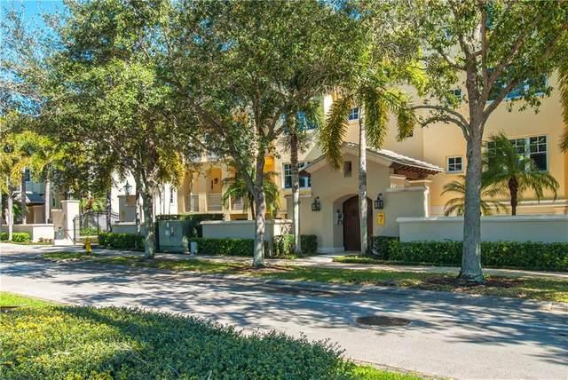 7 Royal Palm Pointe 1E, Vero Beach, FL 32960 (MLS #231958) :: Team Provancher | Dale Sorensen Real Estate