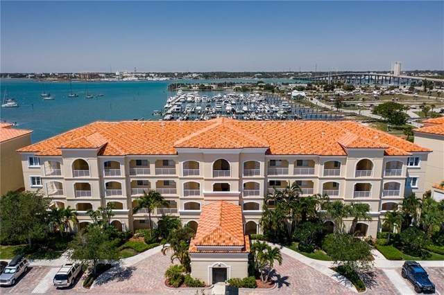 33 Harbour Isle Drive Ph05, Fort Pierce, FL 34949 (MLS #232190) :: Billero & Billero Properties