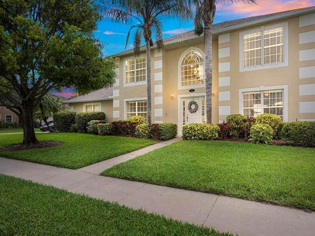 5932 Orangewood Lane, Vero Beach, FL 32967 (MLS #232676) :: Billero & Billero Properties
