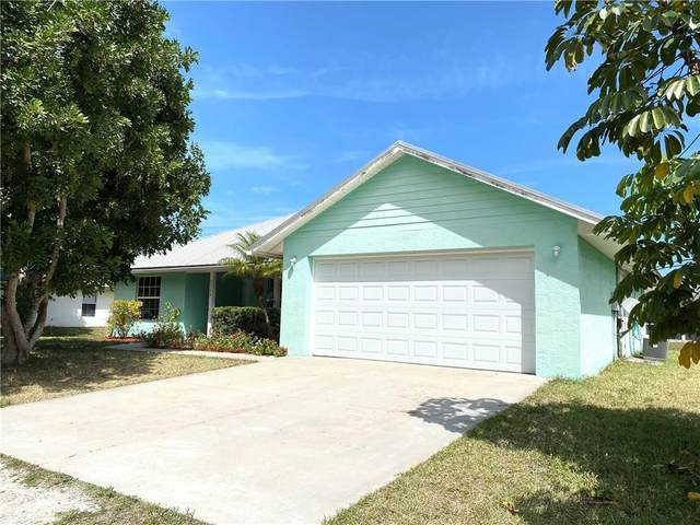 2126 86th Court, Vero Beach, FL 32966 (MLS #232690) :: Billero & Billero Properties