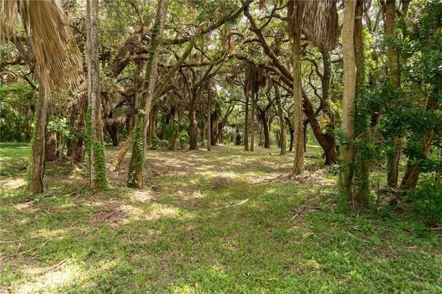 240 Lakeview Way, Vero Beach, FL 32963 (MLS #233780) :: Team Provancher | Dale Sorensen Real Estate