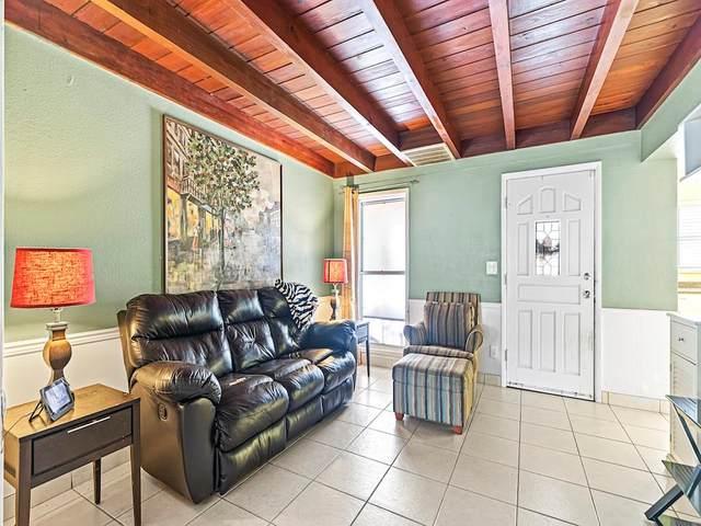 1525 14th Court, Vero Beach, FL 32960 (MLS #233789) :: Team Provancher   Dale Sorensen Real Estate
