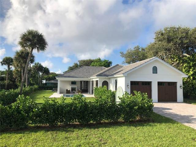 120 Queen Ann Court, Hutchinson Island, FL 34949 (#235920) :: The Reynolds Team/ONE Sotheby's International Realty