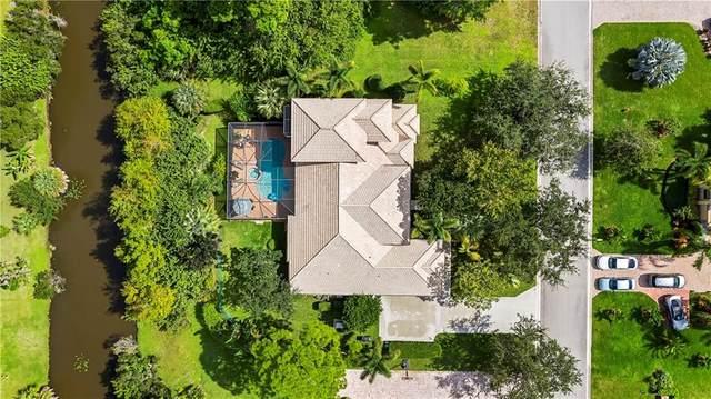 9528 Shadow Lane, Fort Pierce, FL 34951 (MLS #236896) :: Team Provancher | Dale Sorensen Real Estate