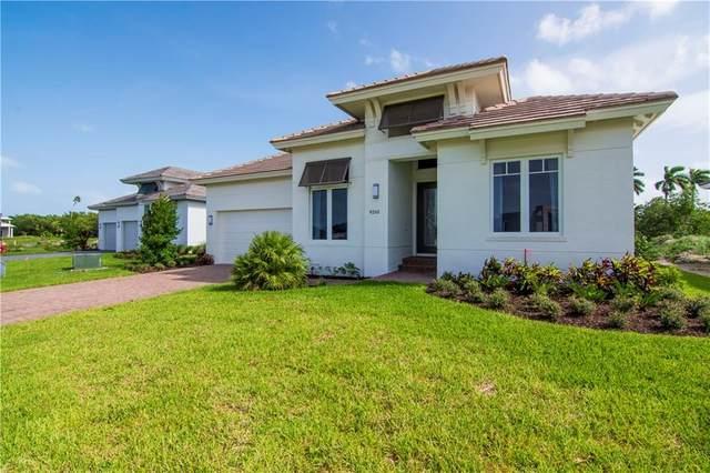 9273 Orchid Cove Circle, Vero Beach, FL 32963 (MLS #240784) :: Billero & Billero Properties