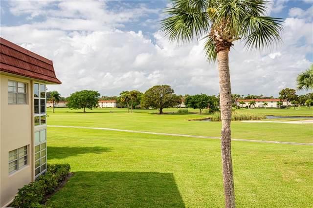 38 Pine Arbor Lane #206, Vero Beach, FL 32962 (MLS #242075) :: Team Provancher | Dale Sorensen Real Estate
