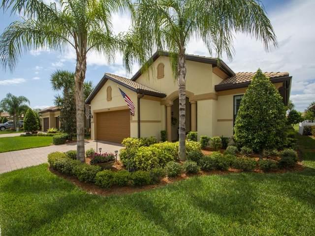 5085 Pendelton Square, Vero Beach, FL 32967 (MLS #242155) :: Team Provancher | Dale Sorensen Real Estate