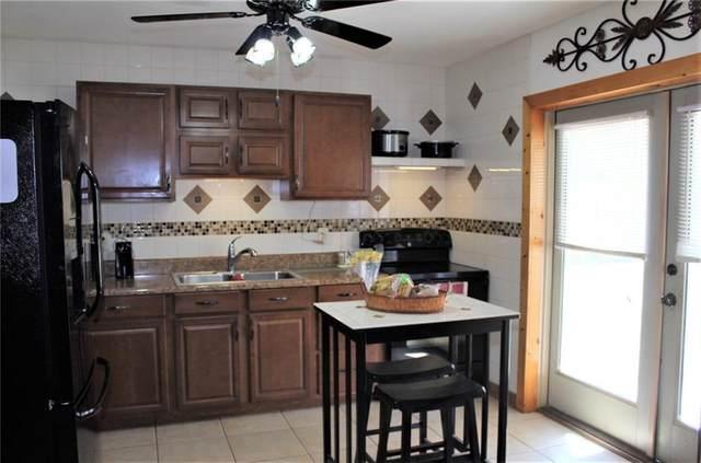 2343 2nd Court SE, Vero Beach, FL 32962 (MLS #242178) :: Team Provancher | Dale Sorensen Real Estate