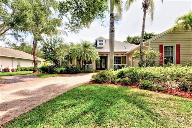 950 Quail Court, Vero Beach, FL 32968 (MLS #242192) :: Team Provancher | Dale Sorensen Real Estate