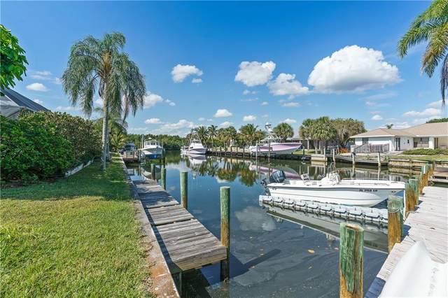 119 Queen Christina Court, Hutchinson Island, FL 34949 (MLS #242691) :: Team Provancher | Dale Sorensen Real Estate