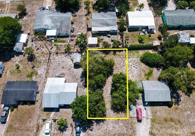 2424 2nd Court SE, Vero Beach, FL 32962 (MLS #243960) :: Dale Sorensen Real Estate