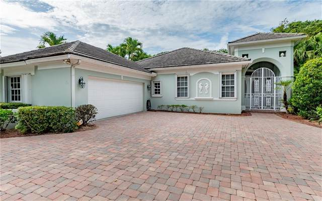 10 Mariner Beach Lane, Vero Beach, FL 32963 (MLS #244362) :: Billero & Billero Properties