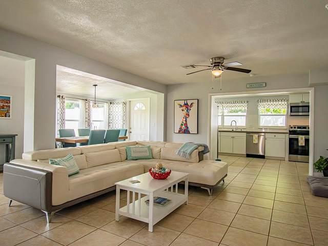 1310 4th Court, Vero Beach, FL 32960 (MLS #246634) :: Team Provancher | Dale Sorensen Real Estate