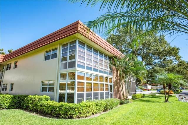 21 Pine Arbor Lane #206, Vero Beach, FL 32962 (MLS #247306) :: Dale Sorensen Real Estate