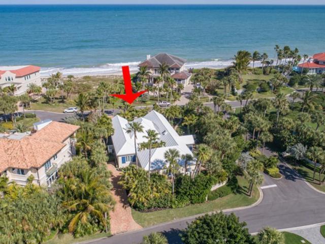 107 Seaway Court, Vero Beach, FL 32963 (MLS #215537) :: Billero & Billero Properties
