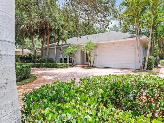 706 Hibiscus Lane, Vero Beach, FL 32963 (MLS #233871) :: Team Provancher | Dale Sorensen Real Estate