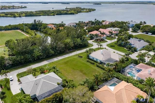 1610 W Sandpointe Lane, Vero Beach, FL 32963 (MLS #241789) :: Kelly Fischer Team