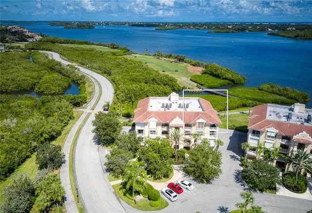 4878 S Harbor Drive #302, Vero Beach, FL 32967 (MLS #247112) :: Kelly Fischer Team