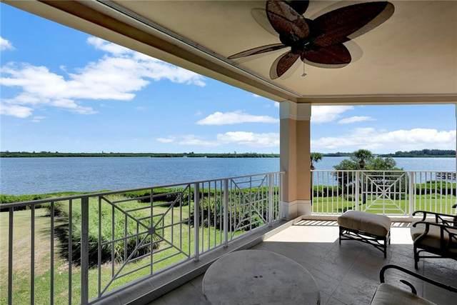 4866 S Harbor Drive #302, Vero Beach, FL 32967 (#247117) :: The Reynolds Team   Compass