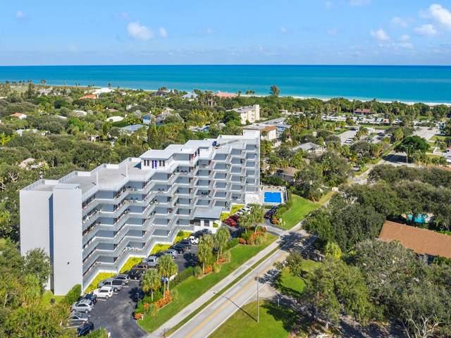 935 E Causeway Boulevard #604, Vero Beach, FL 32963 (MLS #240089) :: Billero & Billero Properties