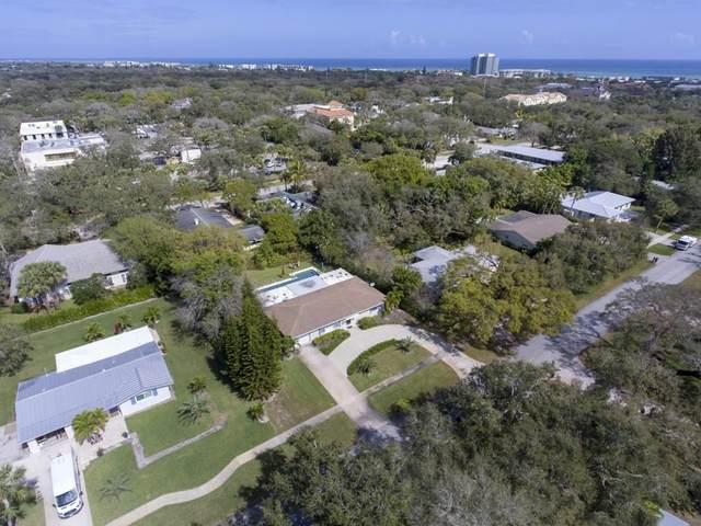 517 Bougainvillea Lane, Vero Beach, FL 32963 (MLS #236515) :: Billero & Billero Properties