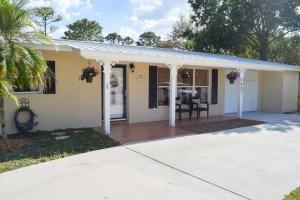7407 Banyan Street, Fort Pierce, FL 34951 (MLS #203918) :: Billero & Billero Properties