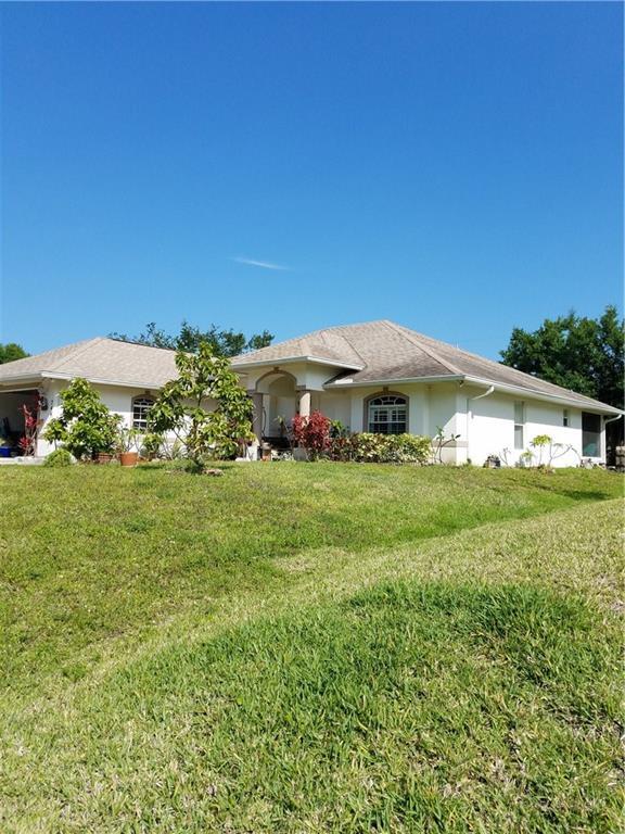 744 Media Terrace, Sebastian, FL 32958 (MLS #203939) :: Billero & Billero Properties