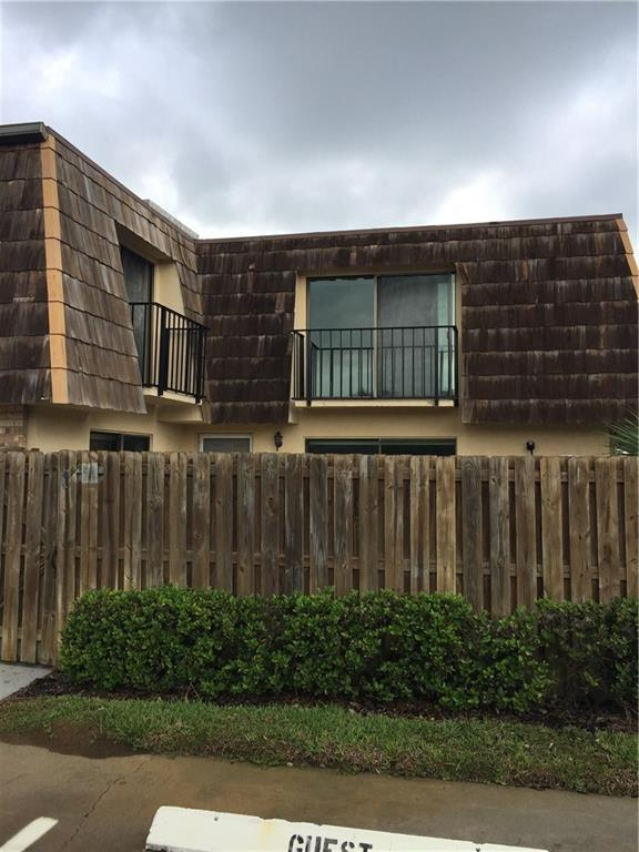 445 E Waverly Place 6 - C, Vero Beach, FL 32960 (MLS #204206) :: Billero & Billero Properties