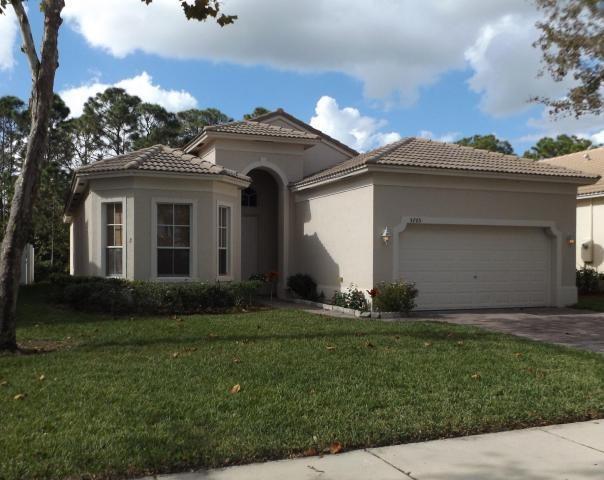 5705 Spanish River Road, Fort Pierce, FL 34951 (MLS #204805) :: Billero & Billero Properties