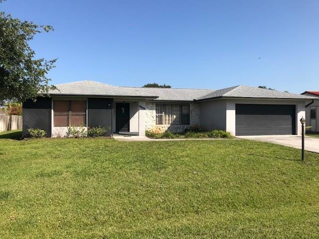 5600 Paleo Pines Circle, Fort Pierce, FL 34951 (MLS #204894) :: Billero & Billero Properties