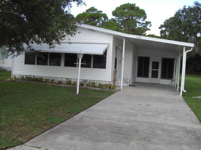 1040 Sebastian Road, Barefoot Bay, FL 32976 (MLS #208185) :: Billero & Billero Properties