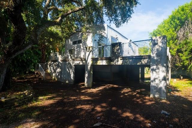 9555 Periwinkle Drive, Vero Beach, FL 32963 (MLS #208235) :: Billero & Billero Properties