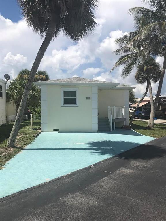 877 Osprey Lane, Hutchinson Island, FL 34949 (MLS #208699) :: Billero & Billero Properties