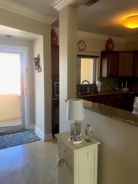 5045 Harmony Circle #304, Vero Beach, FL 32967 (MLS #208933) :: Billero & Billero Properties