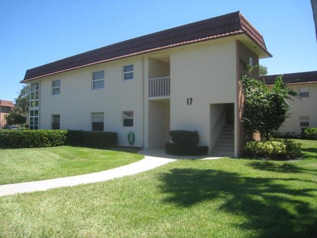 17 Vista Gardens Trail #203, Vero Beach, FL 32962 (MLS #211727) :: Billero & Billero Properties