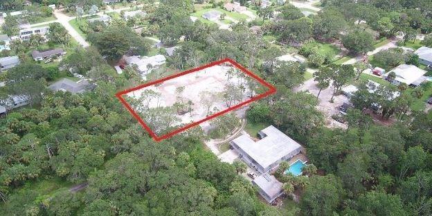 2670 54th Avenue, Vero Beach, FL 32966 (MLS #211835) :: Billero & Billero Properties