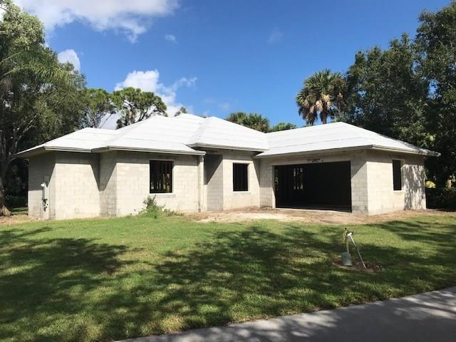 810 Carolina Circle SW, Vero Beach, FL 32962 (MLS #211920) :: Billero & Billero Properties