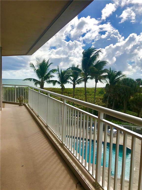 2900 N Hwy A1a 3-D, Fort Pierce, FL 34950 (MLS #212040) :: Billero & Billero Properties