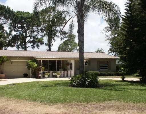 6501 Bayard Road, Fort Pierce, FL 34951 (MLS #212522) :: Billero & Billero Properties