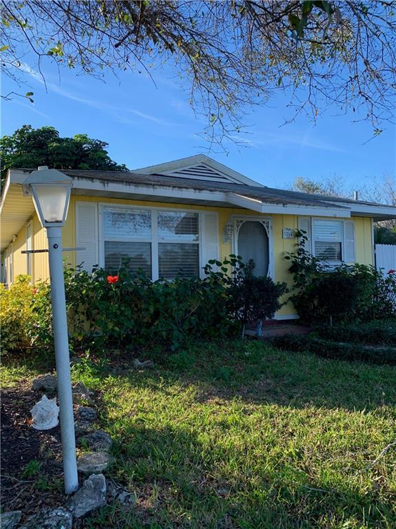 1255 18th Avenue SW, Vero Beach, FL 32962 (MLS #215762) :: Billero & Billero Properties
