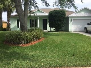 2440 4th Lane SW, Vero Beach, FL 32962 (#219341) :: The Reynolds Team/Treasure Coast Sotheby's International Realty